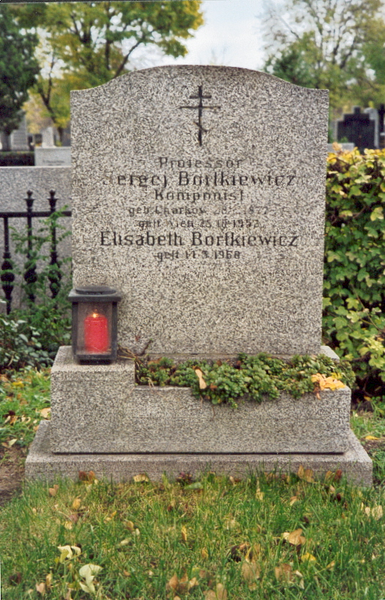 Grave of Sergei and Elisabeth Bortkiewicz in Vienna
